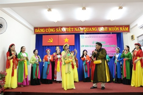 Câu lạc bộ Nữ nghệ sỹ TP.HCM: Hơn ba năm bền bỉ truyền dạy chị em hát dân ca và nhạc cách mạng
