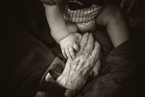 Cháu bà nội, tội bà… nội