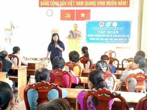 Huyện Bình Chánh: Hướng dẫn kỹ năng bảo vệ con cho các nữ lao động nhà trọ