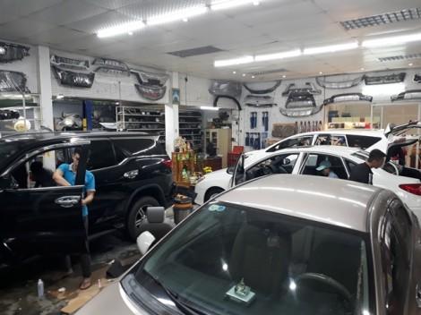 Doanh nghiệp bảo hiểm 'đuối nước' vì xe sang bị nhấn chìm
