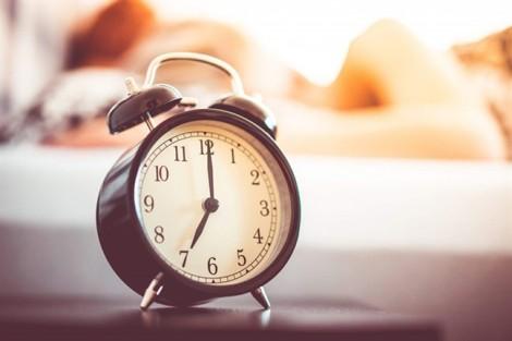 Tại sao sáng ngủ dậy hay bị mệt mỏi?
