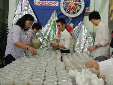 Hội LHPN TP.HCM: Tổ chức 'Bữa ăn yêu thương' mùa Giáng sinh cho học trò nghèo