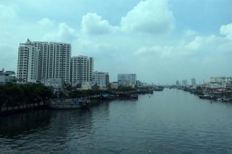 Sài Gòn đón Noel trong thời tiết lạnh và diễn biến khó lường