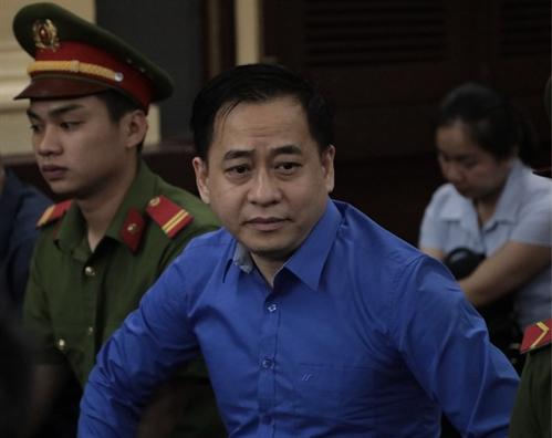 Vu 'nhom' lanh 17 nam tu trong dai an Ngan hang Dong A