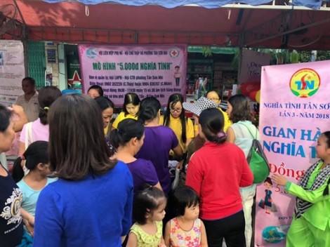 Quận Tân Phú: Sôi nổi, yêu thương với gian hàng '5.000 đồng nghĩa tình'