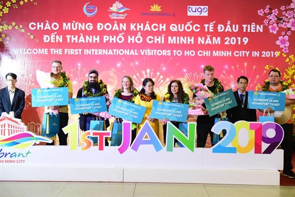 TP.HCM don nhung vi khach dau tien 'xong dat' nam 2019