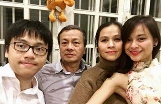 Me than dong am nhac Tran Le Quang Tien: Lam ban cua con, ben bi va kien nhan