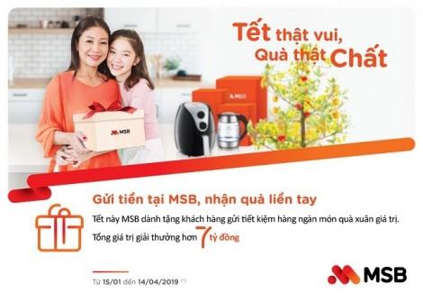 Ngân hàng Hàng Hải chi 7 tỷ đồng tặng quà tết cho người gửi tiết kiệm