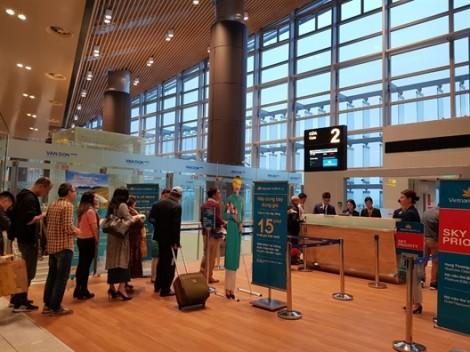 Miễn vé tham quan Yên Tử và vịnh Hạ Long cho khách bay TP.HCM - Vân Đồn
