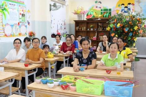 Quận 2: Mở lớp dạy làm hoa voan miễn phí
