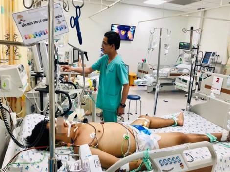Truyền 6 lít máu cho nam sinh mắc bệnh máu khó đông