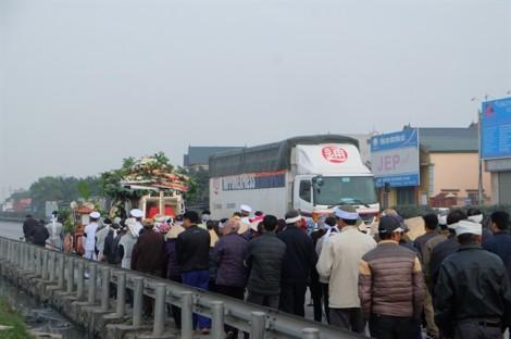 Vì sao công ty sở hữu xe tải gây tai nạn khiến 8 người tử vong bị tước giấy phép kinh doanh?