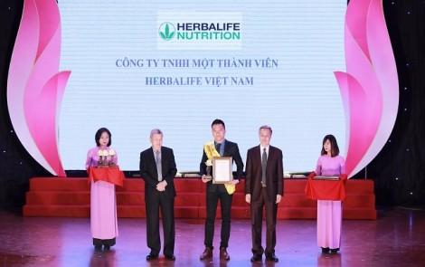 Herbalife liên tục nhận giải thưởng 'Sản phẩm vàng vì sức khỏe cộng đồng' trong 3 năm