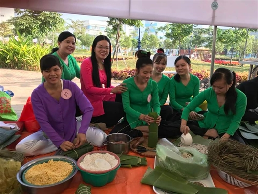 Huyen Binh Chanh: Mang tinh xuan den voi phu nu ngheo va lao dong nhap cu