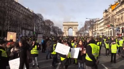 Biểu tình 'áo vàng' kéo dài sang tuần thứ 13 tại Paris
