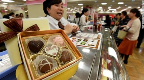 'Đả đảo' Valentine, nhưng phụ nữ Nhật vẫn mua sôcôla