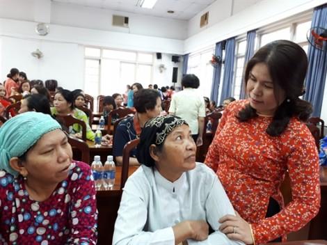 Quận 5: Gần 200 phụ nữ các dân tộc hội ngộ đầu xuân