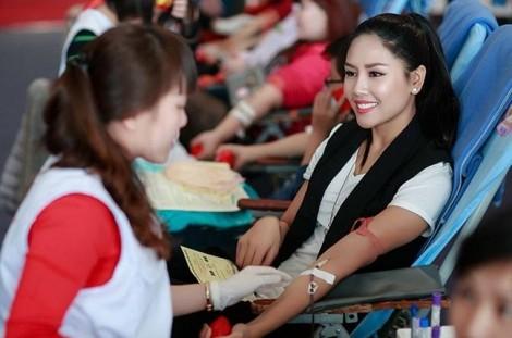Tiếp nhận 11.290 đơn vị máu
