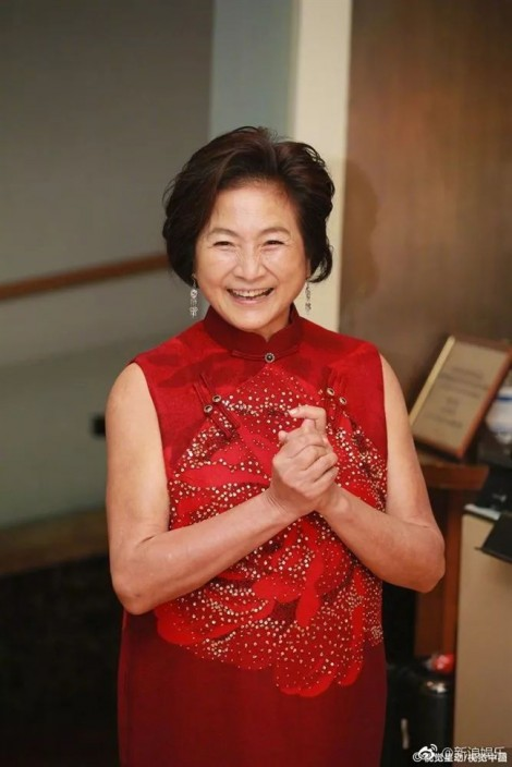 Trịnh Phối Phối: Ly hôn, phá sản nhưng hạnh phúc trọn vẹn ở tuổi 73