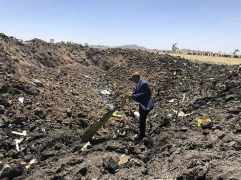 Những hình ảnh tang thương vụ tai nạn máy bay Ethiopia