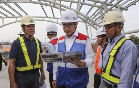 Bí thư Thành ủy Nguyễn Thiện Nhân thị sát, giải quyết các vấn đề nóng của metro