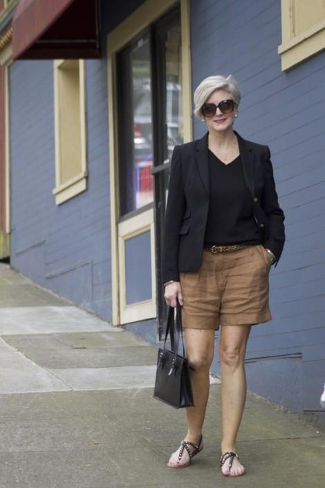 'Quần short của mẹ' - thời trang cho tuổi trung niên