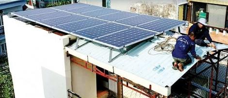 Bán điện mặt trời cho nhà nước: quy định có nhưng thủ tục chưa thông