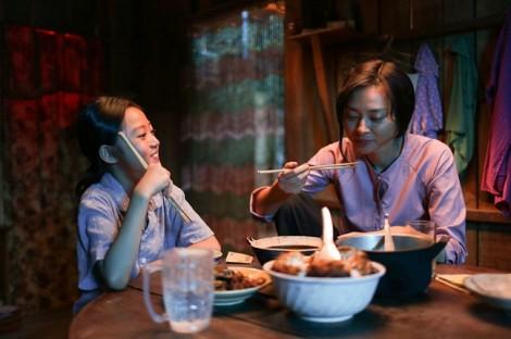 Các kỷ lục liên tiếp bị xô đổ: Điện ảnh Việt đã cất cánh?