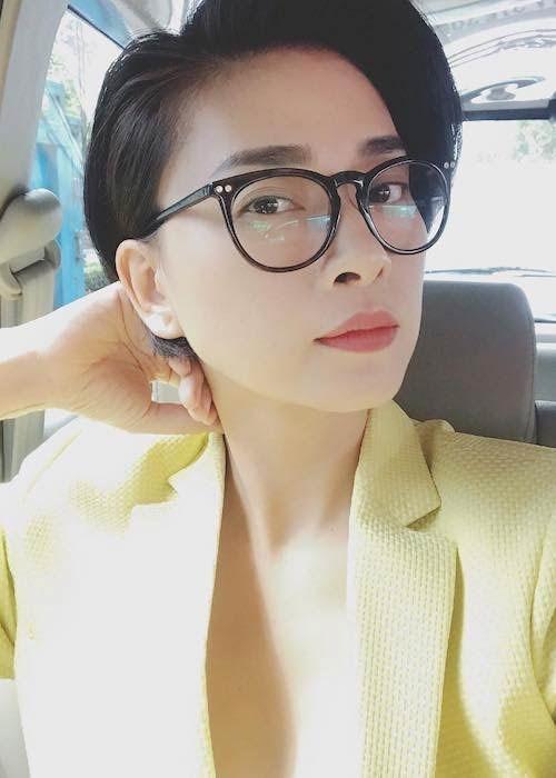 Thoi trang doi thuong cua 'chi dai' Hai Phuong