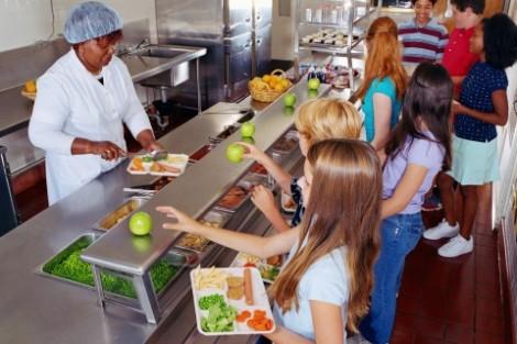 Hãy xem xét bếp của trường trước khi quyết định cho con theo học
