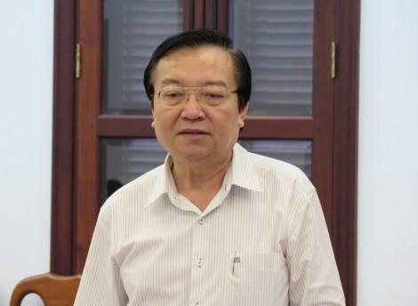 Giám đốc Sở GD-ĐT TP.HCM bị đề nghị kiểm điểm vì cử vợ đi nước ngoài trái quy định