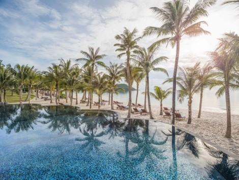Say đắm thiên đường du lịch, giải trí Nam đảo Ngọc
