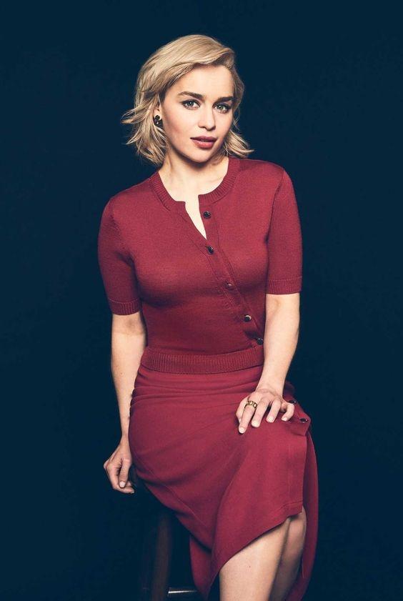'Me Rong' Emilia Clarke quyen ru tu man anh den doi thuc