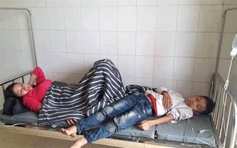 Hàng chục người nhập viện cấp cứu sau khi ăn đám giỗ