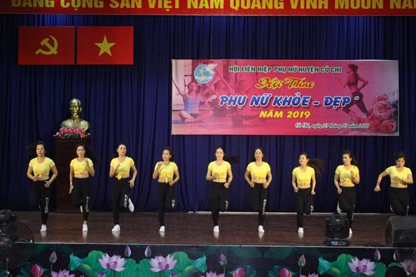 Huyen Cu Chi: Hang tram phu nu tham gia hoi thao 'Phu nu khoe - dep'