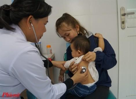 Sài Gòn nóng khó chịu, hơn 11.000 trẻ nhập viện