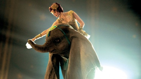 Tuổi thơ ùa về với 'Dumbo: Chú voi biết bay'