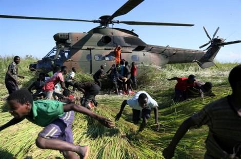 Hình ảnh làng mạc ở Mozambique tan hoang sau cơn bão Idai lọt top ảnh trong tuần