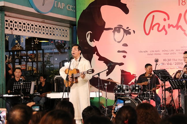 Danh ca Nhat Ban Tokiko Kato: 'Van hat Diem xua bang tinh cam to lon nhat'