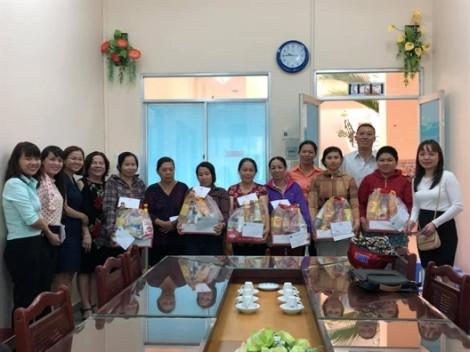Nữ doanh nhân huyện Nhà Bè góp hơn 100 triệu đồng cho an sinh xã hội