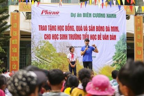 Báo Phụ Nữ TP.HCM tặng 400 phần quà cho học sinh nghèo tỉnh Đắk Nông