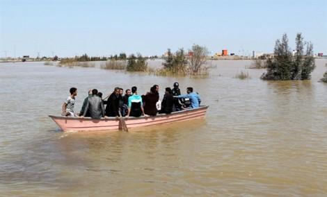 Iran tăng cường hoạt động sơ tán sau khi mưa lũ kéo dài khiến 70 người thiệt mạng