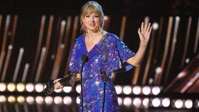 Taylor Swift gop hon 2,5 ty de ung ho cong dong LGBT