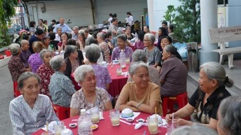 Bữa ăn ngon cho người già