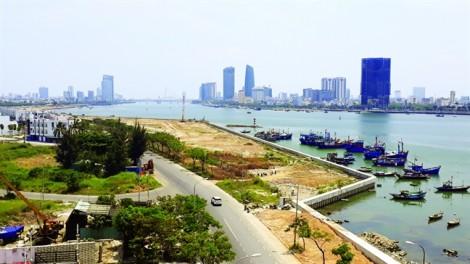 Lấn cửa sông Hàn, chính quyền đang chạy theo quy hoạch của doanh nghiệp