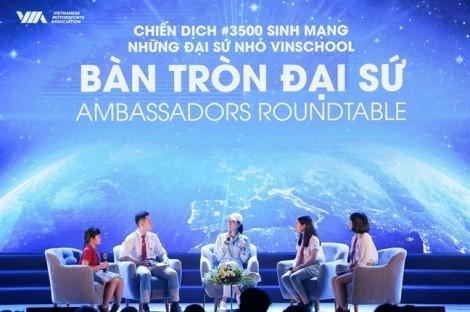 Ngôi sao điện ảnh Dương Tử Quỳnh thảo luận bàn tròn với các 'đại sứ nhỏ' VinSchool trong chiến dịch 3500Lives