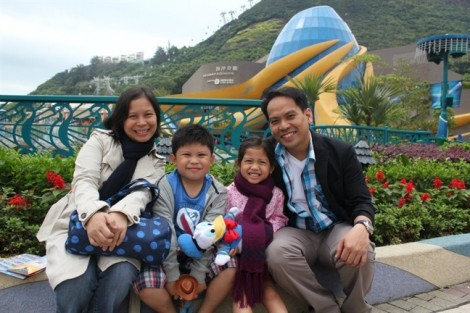 Những lá thư thay đổi thế giới - Bài 3: Hãy sống hạnh phúc và thật tử tế, con trai ạ!