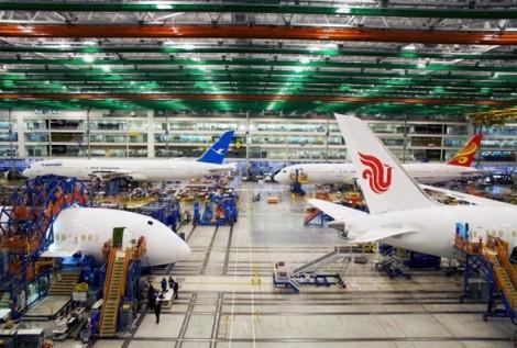 Sau khi Boeing 737 Max bị cấm bay, đến lượt Dreamliner có vấn đề về sản xuất?