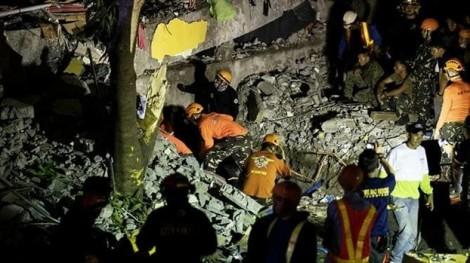 Philippines nỗ lực tìm kiếm nạn nhân bị chôn vùi sau trận động đất gần Manila