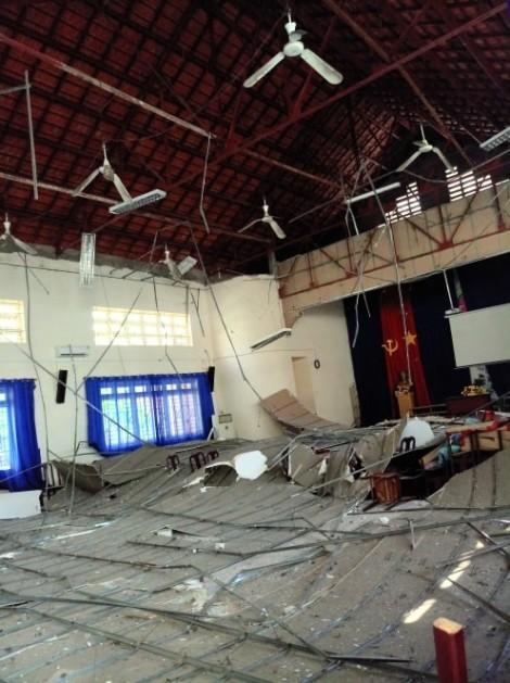 Vụ 'Sập la phông ở Trường THPT Thủ Thiêm': Phải xem như một thảm hoạ học đường!
